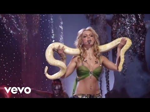 Britney Spears - I'm A Slave 4 U [Live - 2001 MTV VMAs]