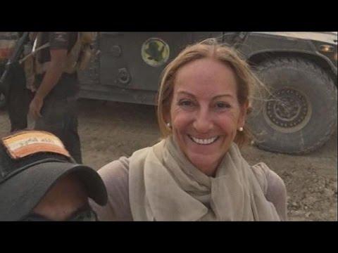 وفاة الصحفية الفرنسية فيرونيك روبير متأثرة بإصابتها في الموصل  - نشر قبل 4 ساعة
