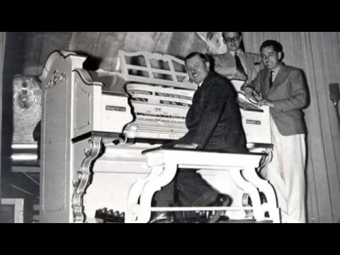 Horace Finch at the Empress Ballroom Wurlitzer:- Vol 70