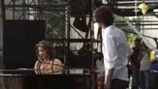 "Sarah McLachlan & Josh Groban Sing ""The Arms of An Angel"""