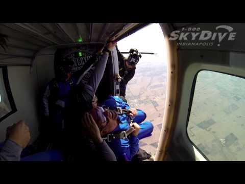 Cindi VanArsdale's Tandem skydive!