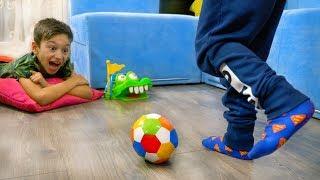 Игра КОТОРАЯ МЕШАЕТ Готовится к КОНТРОЛЬНОЙ! Для Детей Kids Children
