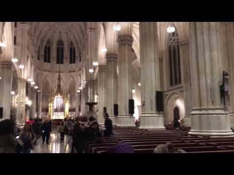 Visitação a Saint Patrick's Cathedral, NYC.