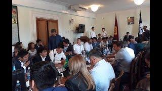 Бишкек шаарынын мэри Албек Ибраимовго ишеним көрсөтпөө демилгеси көтөрүлдү (3-бөлүк)