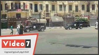 بالفيديو..قوات الانتشار السريع تمشط ميدان التحرير لتأمين المحتفلين بعيد الفطر
