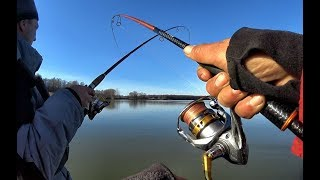 СУДАКА РУКАМИ ВДВОЕМ ЛОВИМ ОДНУ ЩУКУ Рыбалка мечты Крупная щука судак trofi fishing