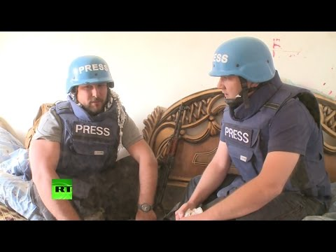 Корреспонденты RT попали под обстрел в Сирии