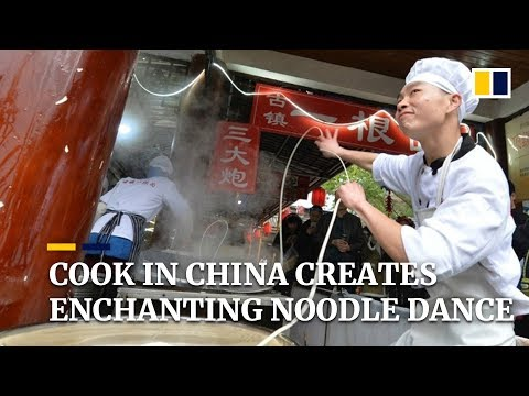 Cook in China creates enchanting noodle dance