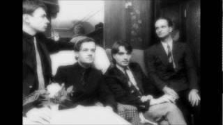 Kraftwerk - Trans-Europe Express (Clip, Live 1976)