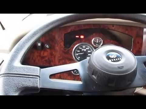 2001 Monaco Knight 38 PBD Class A Diesel , 2 Slides, 37K Miles, 315 HP Cummins, $39,900