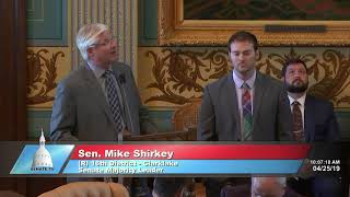 Sen. Shirkey honors Andy Buss for his service to the Michigan Senate
