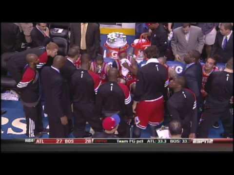 Coach Thibodeau Huddle