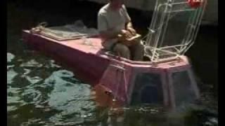Частные подводные лодки начали строить в России(Длина более трех метров, скорость 4 км в час. Ее кабина схожа с кабиной автомобиля ОКА. Эта маленькая подводн..., 2009-07-24T11:59:30.000Z)