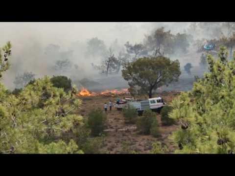 KKTC'de Çıkan Yangın Söndürülemiyor