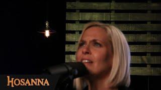 Hosanna Music - Viens à mon secours / Tu es grand Seigneur / À tes pieds