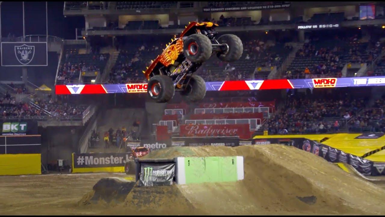 Monster Jam 2020 Oakland Coliseum Oakland Ca Youtube