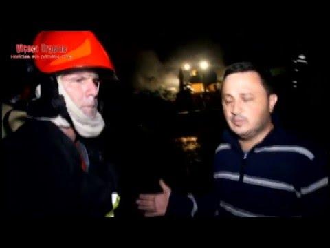 Incêndio destrói galpão em Teixeiras