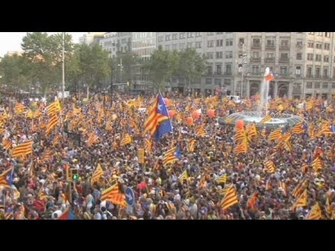Tens of thousands protest in Barcelona for Catalonia's 'National Day - no comment