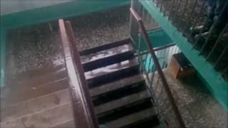 видео Куда обращаться в 2018 году, если течет крыша в многоквартирном доме