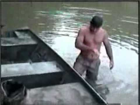 Catfish noodling gone wrong!! from YouTube · High Definition · Duration:  1 minutes 41 seconds  · 183,000+ views · uploaded on 8/31/2014 · uploaded by EastTennesseeFishing