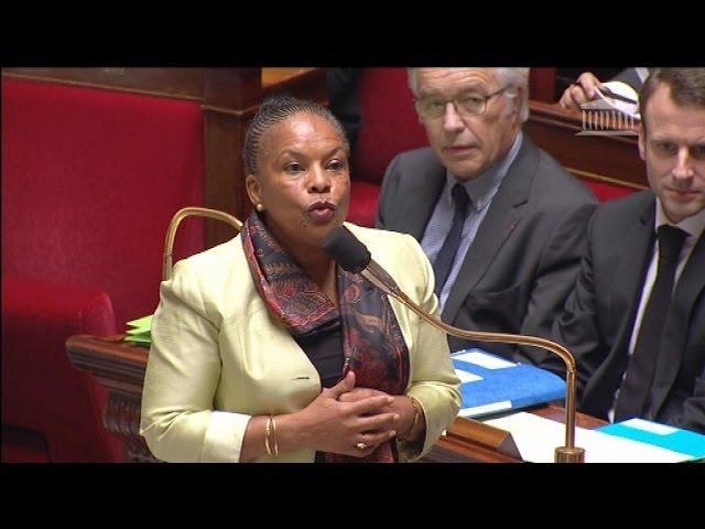 Taubira prend la défense de Macron: Il ny a pas de métier honteux