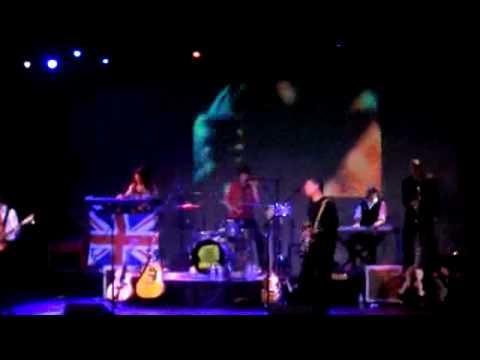 "Apple Jam @ the Triple Door performing ""1985"" (McCartney)"