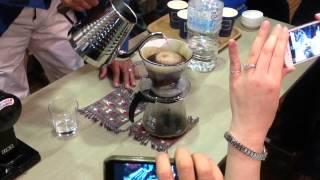 コーヒーの淹れ方をコーヒーハンター川島良彰さんに習う