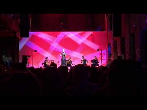 Mariza - Rosa Branca (Live @ Pionner Works, Brooklyn 10/31/17)