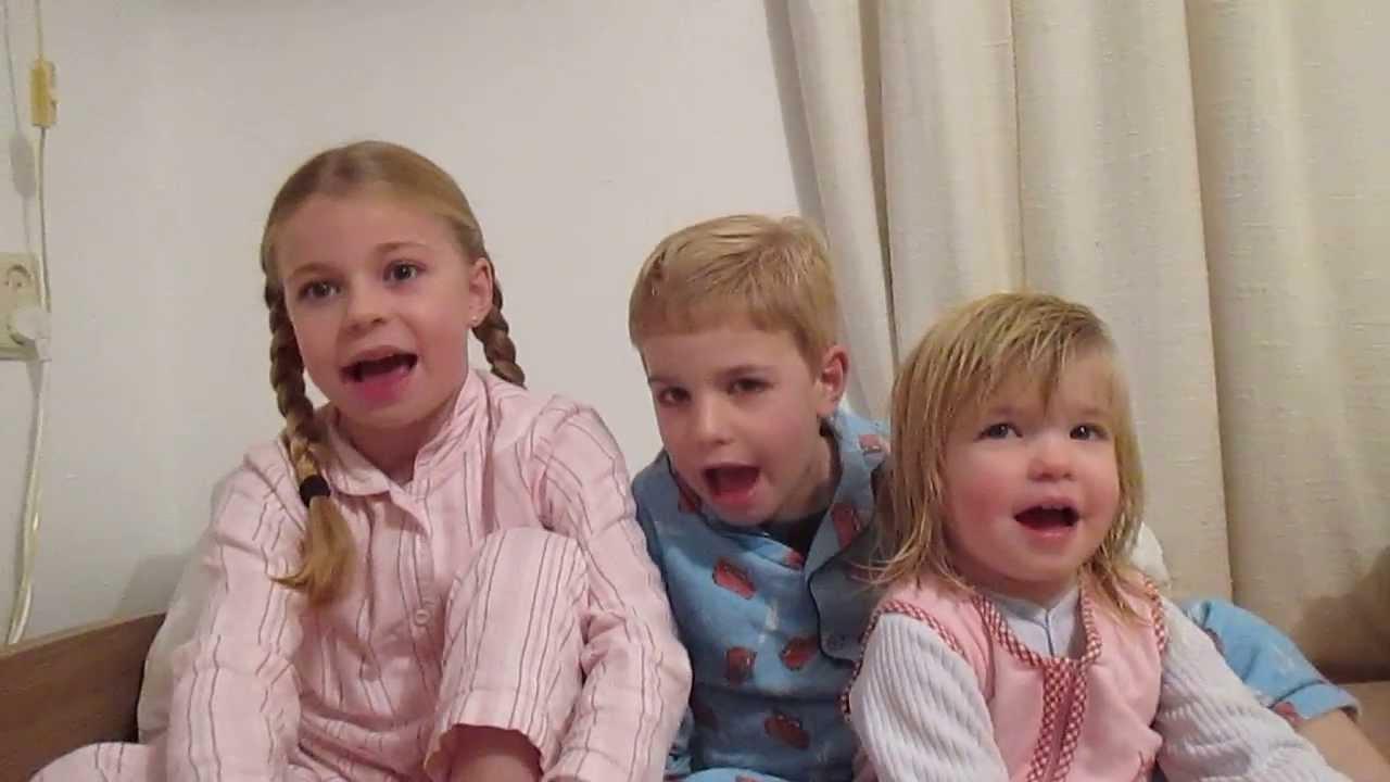 Download Noa, Davi e Joëlle falando o Salmo 23 em portugues