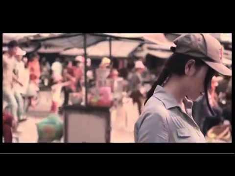 Hot girl Huỳnh Kim Khánh tìm mẹ khiến hàng triệu người xúc động