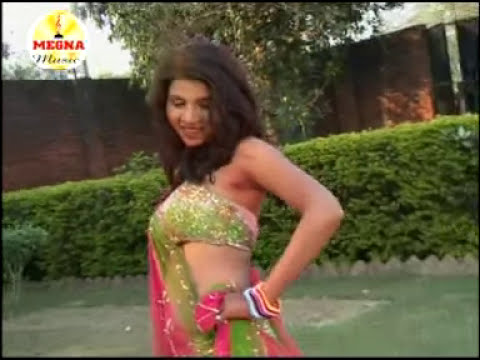 Holi Me Laage-Bhojpuri Romantic Holi Special Hot Video Song From New Album Holi Me Choli Khol Da