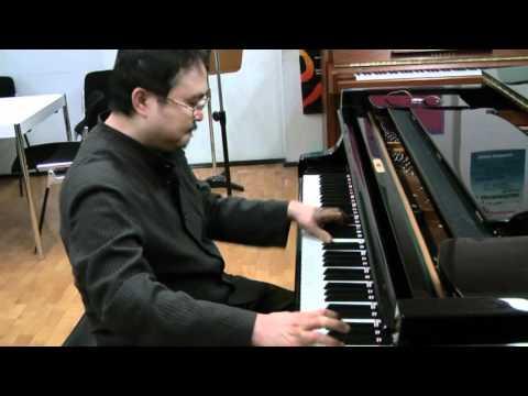 Der Pianist Dang Thai Son