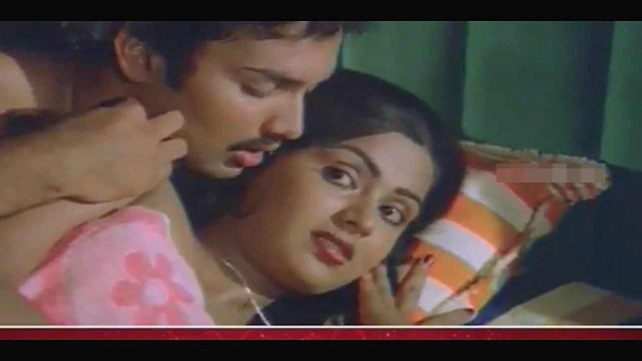 MALAYALAM ACTRESS SUPER ROMANTIC HOT BED ROOM SCENS HER BOYFRIEND. Hot Mallu
