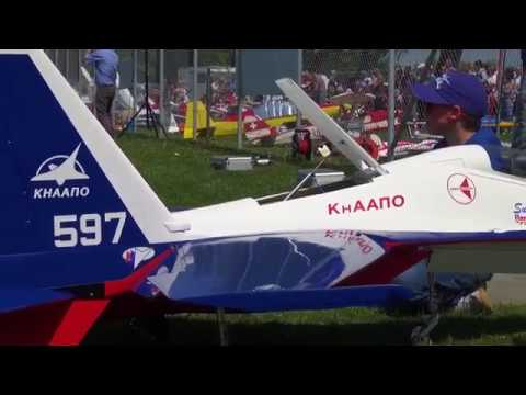 RC JET TWIN TURBINE MODEL SUKHOI SU-27 WITH VECTOR THRUST