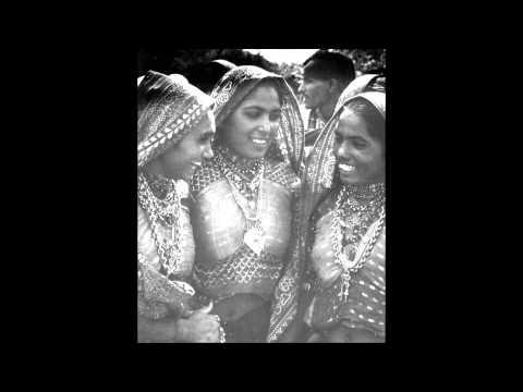 Hu Toh Gai Ti Mele - Harshida Rawal & Vibha Desai