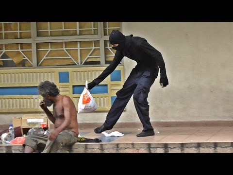 Ninja helping the homeless in Malaysia 2016