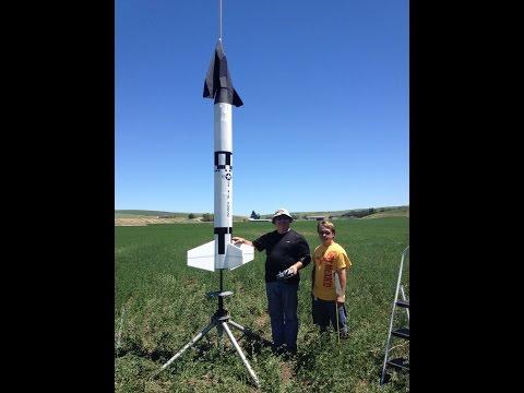 Titan II Highpower Rocket with Dyna-Soar RC glider flight