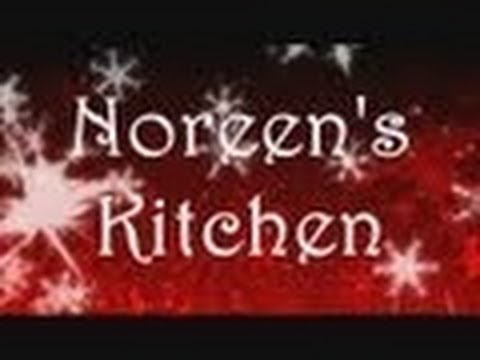 Noreen's Kitchen: Almond Cream Cheese Christmas Tree Cookies