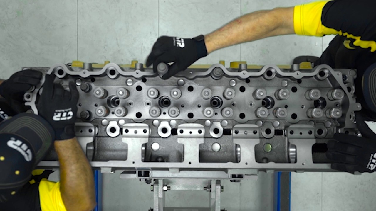 medium resolution of cylinder head installation