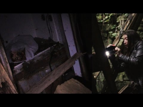 Exploring Haunted Barn, Telekinetic Caught on CCTV,  & Slender Dr.  S7: Ep2