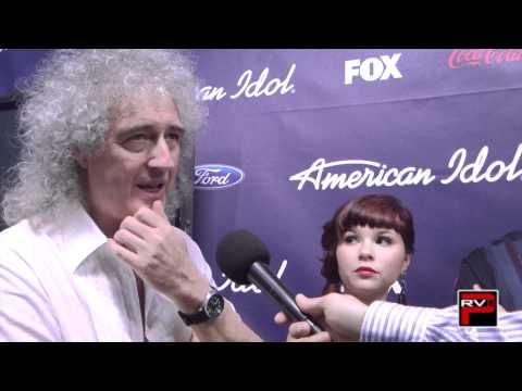 Queen Extravaganza backstage at American Idol Season 11