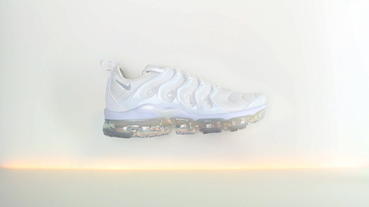 42b19e84b2c Nike Air Vapormax Plus Triple White - Unboxing - YouTube