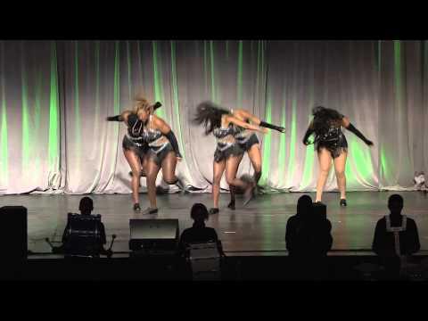 Sacramento Charter High School Drumline & Dancers, Student Performance
