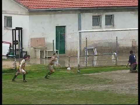Sintesi Locomotiv Bellante-Pratola 0-1.mpg