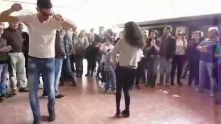 Tarantella di apertura con i giovani musicisti - Casignana 2014
