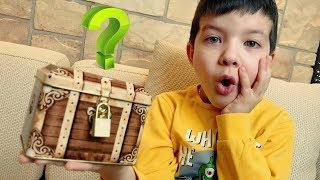КВЕСТ с загадочным сундуком! Что внутри? Где ключ?