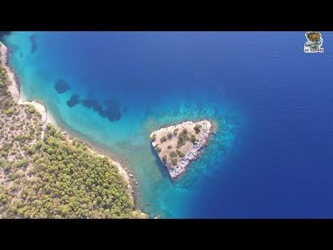 Σιδερώνα: το νησί... των βρυκολάκων και η απίστευτη ιστορία τρόμου με την οποία σχετίστηκε [βίντεο]