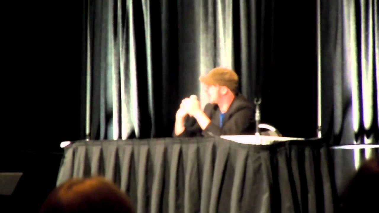 foto de ConnectiCon 2012: Doug Walker Q&A Part 1 YouTube