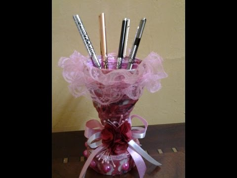 Best out of waste paper decorative pen holder youtube for Best out of waste with paper