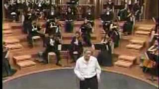 Такеши Китано танцует чечетку...
